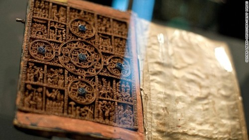 Vatican, Bodleian libraries unite to put ancient texts, Bibles online